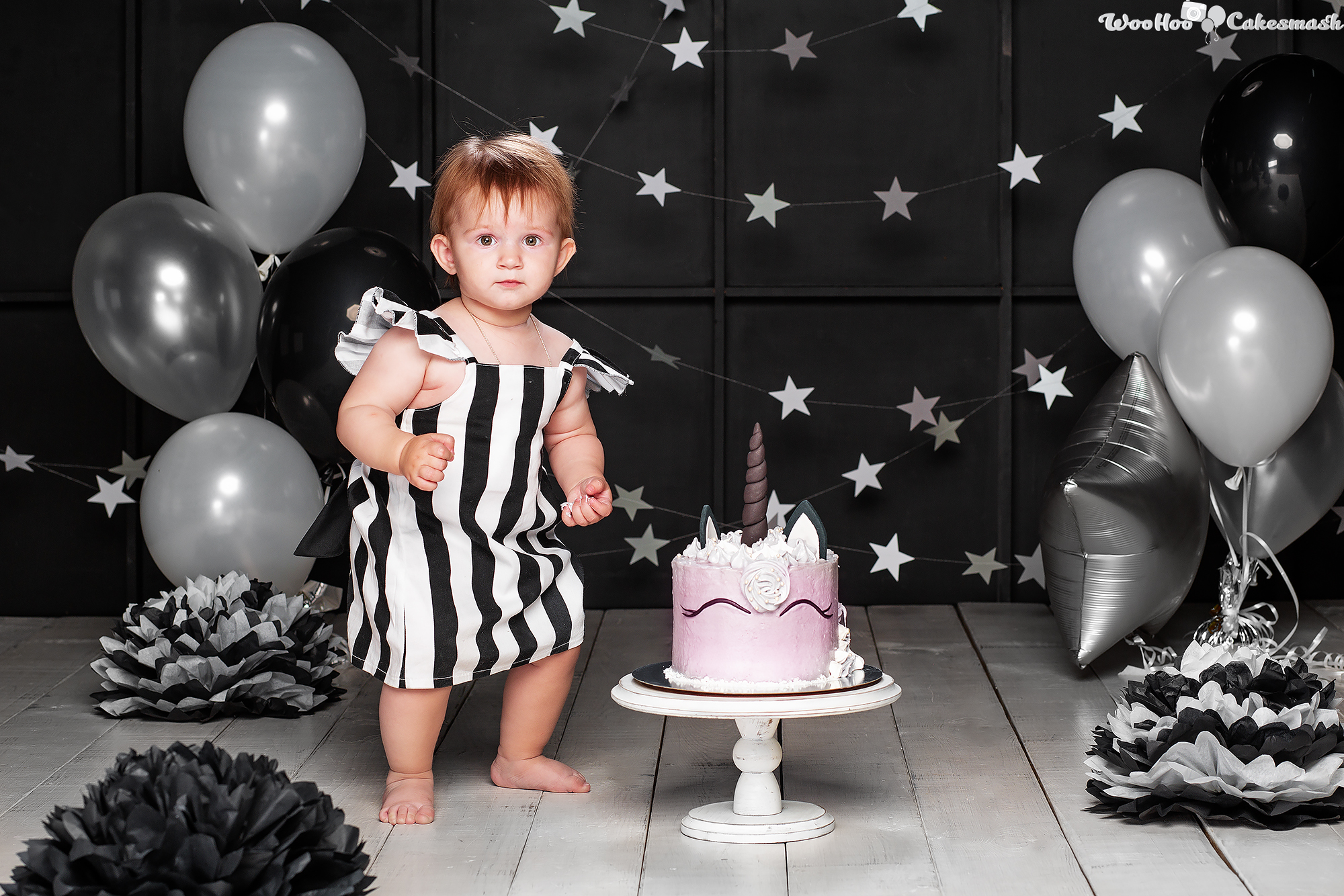 woohoo_cakesmash_Eva_black_and_white_2