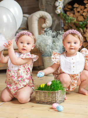 woohoo_cakesmash_Easter_Twins_1